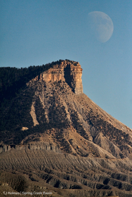 Moon rises over Temple Butte and Spring Creek Basin.