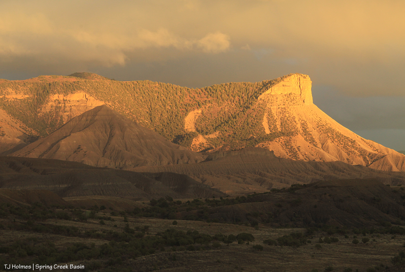 Sunset light on Temple Butte.